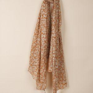 Fular estampado flor bicolor de INDI&COLD